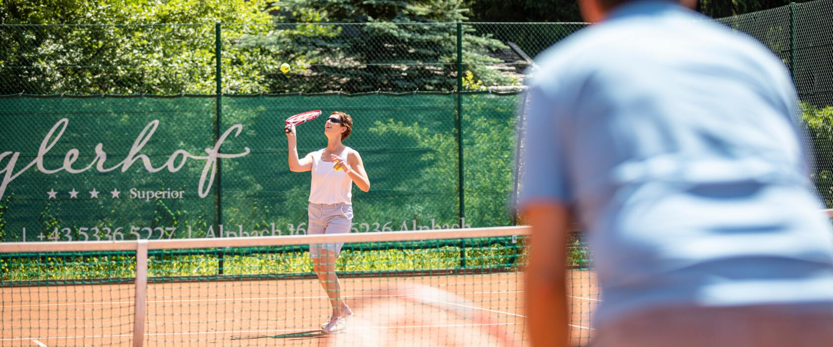 play tennis in active holiday tyrol