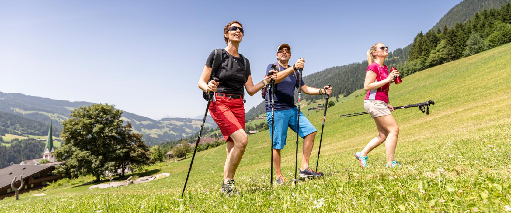 hiking in active holiday tyrol