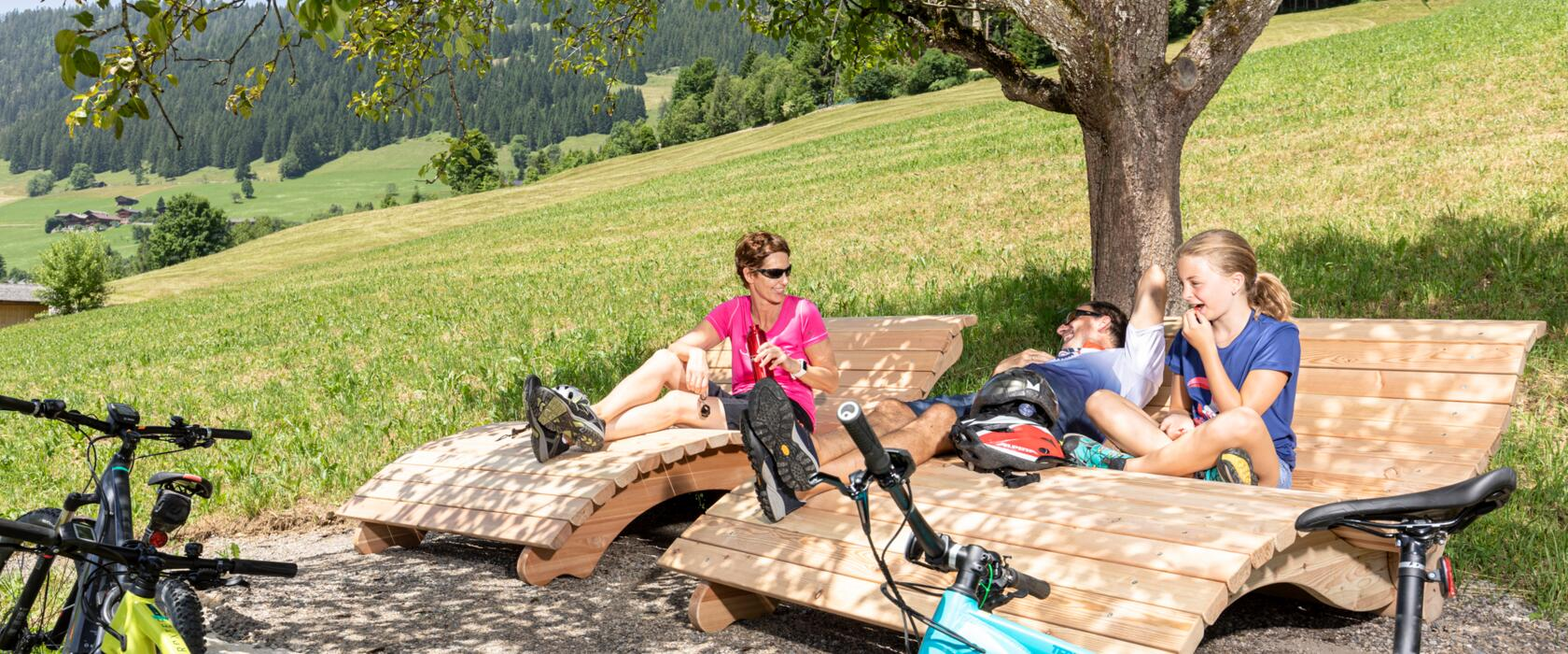 family excursion in active holiday in tyrol
